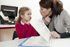 Exerciții de logopedie pentru copii pe care le poți încerca acasă cu micuțul tău