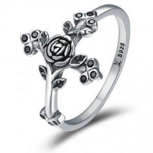 Ce spune despre tine modul in care porti un inel de argint