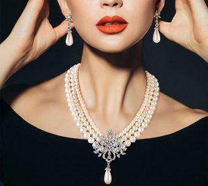 Cum iti accesorizezi corect tinuta cu bijuterii